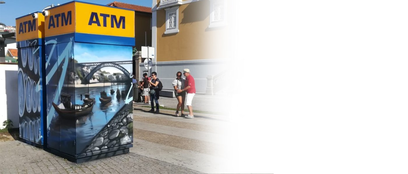 Um ATM da Euronet poderá trazer vantagens para o seu negócio e permitir aos seus clientes um acesso fácil e cómodo ao seu dinheiro.